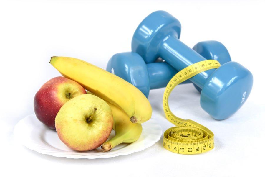 Perdre du poids avec les sports et les aliments